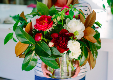 Flower Arranging Classes- Flowers in a Vase